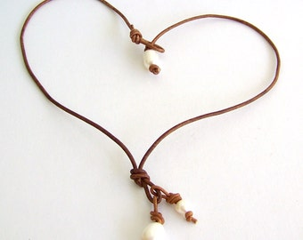 Leather and Freshwater Pearl Necklace - Freshwater Pearls, Distressed Brown Leather - Boho Beach Cottage Chic