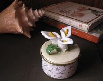 Upcycled Fancy Feast Can Art Trinket / Gift Box Calla Lilies