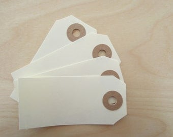 20 x labels with kraft eyelet - 38 x 80 mm - MANILLA