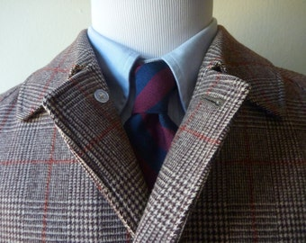 MUSEUM QUALITY Vintage 1950s Brooks Brothers Brown Plaid & Red Windowpane Raglan Overcoat Coat 40 R.  Made in England.