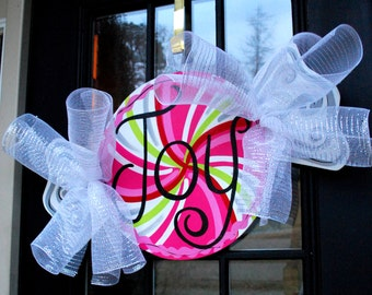 Christmas Door Hanger, Peppermint, Christmas Decor, Candy Christmas Decor, Holiday Wreath, Christmas Candy Wreath