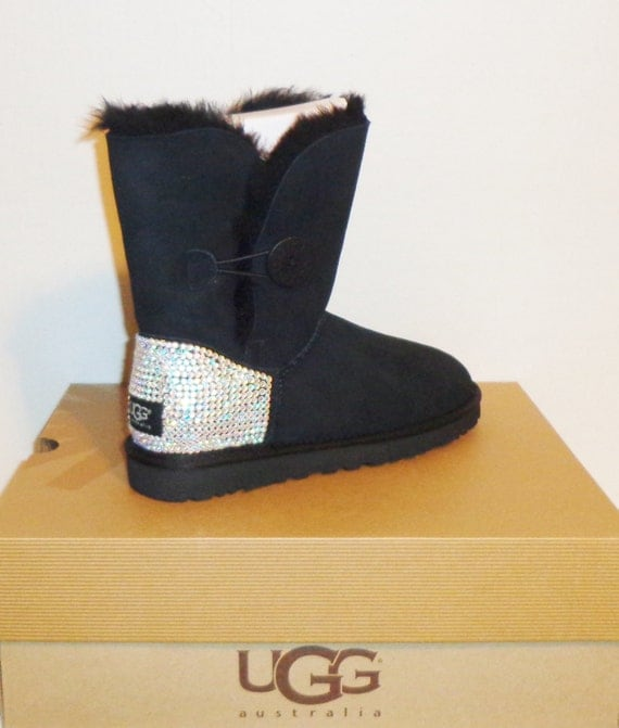 all color uggs