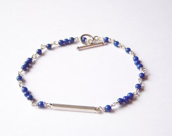 Simple Clean Sterling Silver bracelet, Beaded with Lapis Lazuli, Modern and Delicated Jewelry,