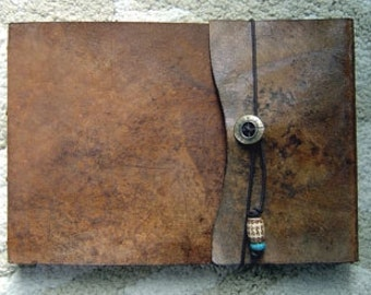 Refillable Leather Sketchbook, medium, Sketchbook, Journal -  Drawing Book, Art Journal, Leather Journal, Notebook, Guest Book