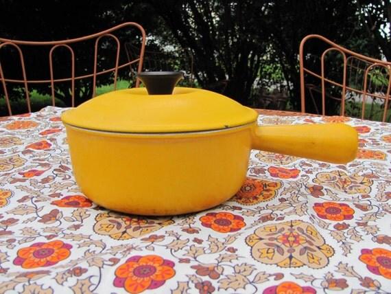 le creuset cousances mustard yellow saucepan by mamabirdsvintage. Black Bedroom Furniture Sets. Home Design Ideas