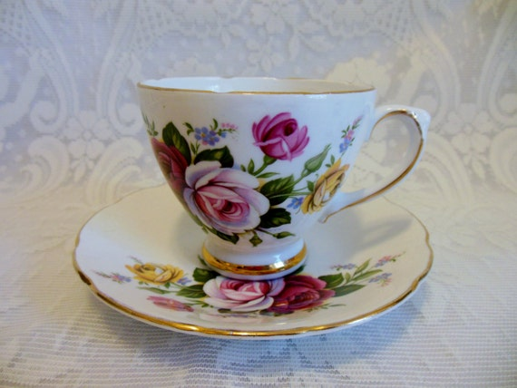 Royal Sutherland Fine Bone China Tea Cup And Saucer Red