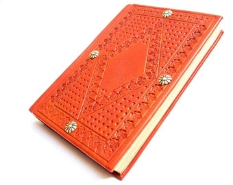 Leather Book: Medieval Style Leather Binding