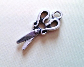 Scissor Charms Pendants Sewing Charms Wholesale Charms Antiqued Silver Charms SAMPLES 2 pieces