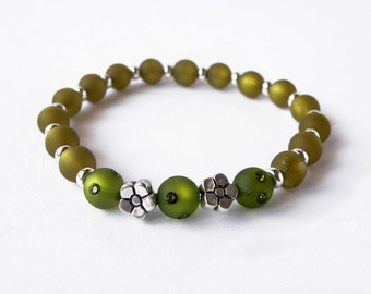 Green bracelet handmade with green polaris beads and swarovsky elements. ooak made in Italy