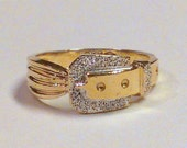 Two Tone 10K Gold Buckle Ring Size 5 3/4