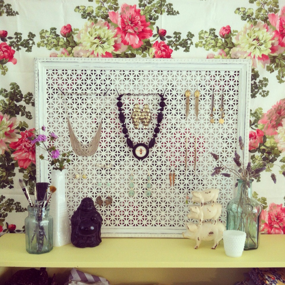 Custom Jewelry Display Frame: Vintage Picture Frame Jewelry Display In Antique By Thehunibee