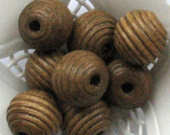 Wooden Beads Beige Brown Round 16mm (6 pcs)