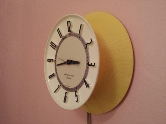 Atomic Telechron Clock Ge Yellow And White By Trippedoutatomic