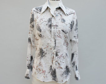 80s vintage women's medium plaid ruffly blouse