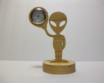 Alien Desk Clock