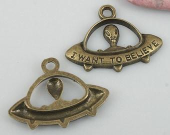 14pcs antiqued bronze color UFO design charms EF0550