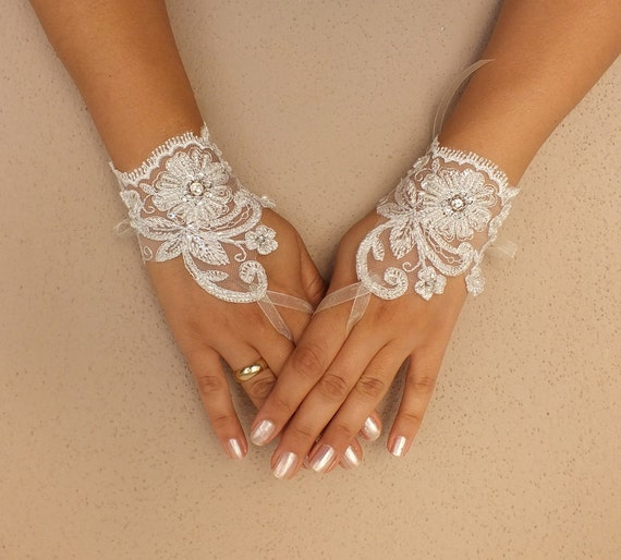 ivory wedding glove, ivory, silver -embroidered lace gloves, cuff, Fingerless Gloves, bridal gloves, Free Ship