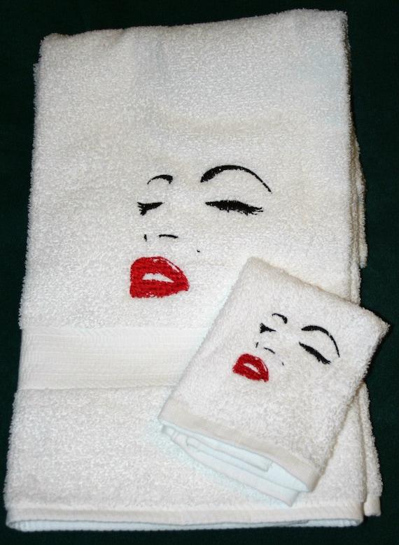 Marilyn Monroe White 2pc 1 Bath Towel 1 Coth Set Marilyn Monroe White 2pc 1.