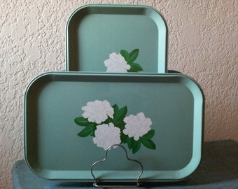 Vintage 1940's Green Metal serving trays with White Magnolias / Bridal Shower / Lady's Luncheon or Tea Serving Trays / shabby cottage charm