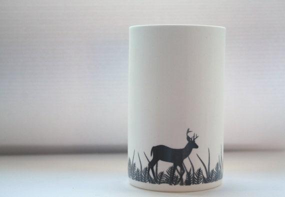 grand vase blanc oh deer fine porcelaine blanche vase en. Black Bedroom Furniture Sets. Home Design Ideas