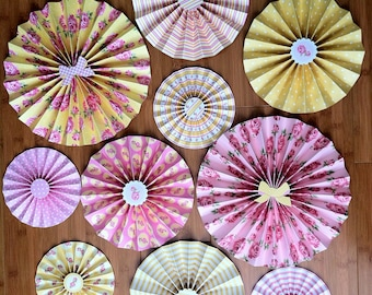 """Set of 10 Large 12""""/ 9""""/ 6"""" Paper Rosettes/Fans - Shabby Chic Rose"""