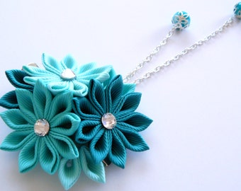 Kanzashi fabric flower hair clip. Shades of mint.