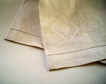 Vintage Linen Table Scarf Pulled Thread Design Drawnwork 1950's Handmade Wedding Decor Bread Warmer