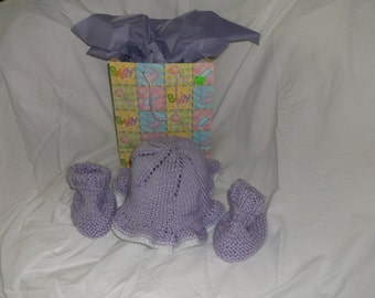 Lovely lilac ruffled hat and matching booties