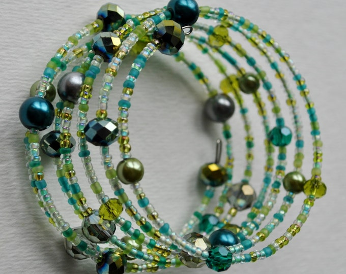 Multi Strand Green Bracelet with pearls and crystals Memory wire bracelet Dangle bracelet