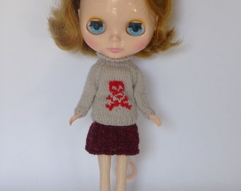 "Hand Knit Wool Blythe 12"" Doll Jumper Soft Beige with Red Skull and Crossbones Halloween Winter Wear"