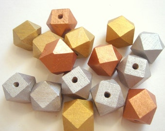 20 Geometric Wooden beads in Gold,Silver,Copper