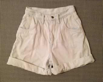 1980/90's, high rise, pleated front, finished cuff, super light denim shorts