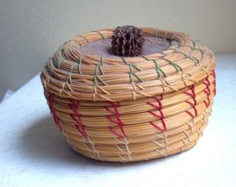 Seminole Basket with Lid - 1970s - Southeast Native American Folk Art - Collectible Art