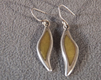 Vintage Sterling Silver Drop Earrings with Inlaid Yellow Agate                        M