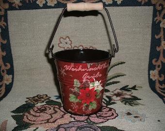 Bucket, Christmas (355)