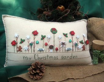 My Christmas Garden Pillow (Cottage Style)