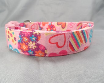Funky Hearts on Pink Valentine Dog Collar