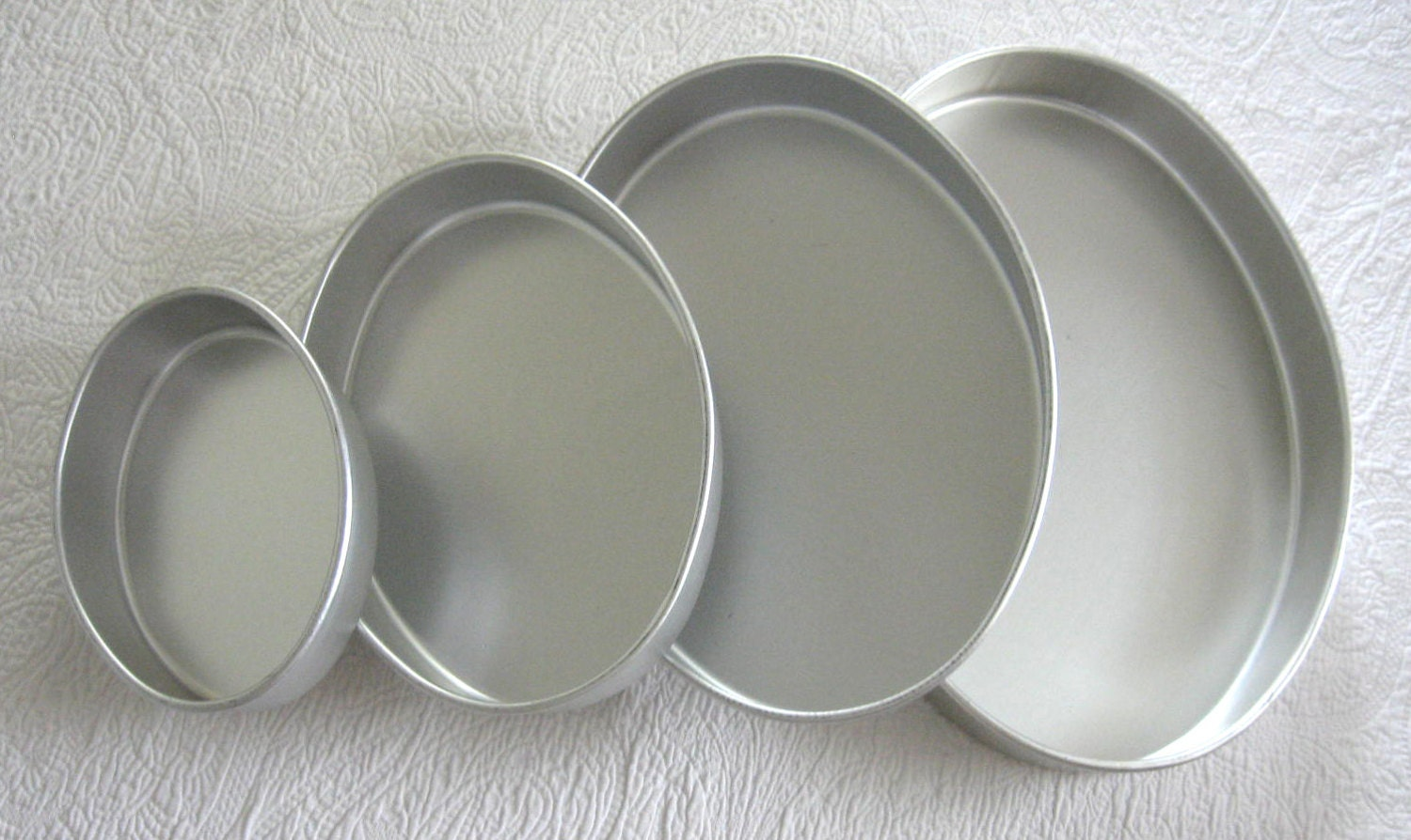 Oval Cake Pan Set