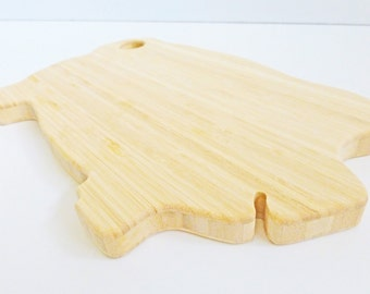 Pig Cutting Board - Large - Vintage Style, Renewable Bamboo, Heirloom Quality, Great Gift