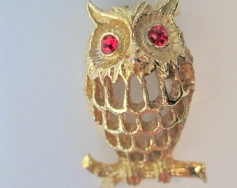 Signed Goldtone Owl Brooch With Red Rhinestone Eyes