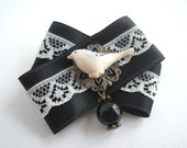Sparrow - textile brooch with lace and sweet Resin Bird