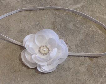 White flower headband, Newborn headband, Baby headband, Baby girl, Vintage headband, Baby girl headband, Photo prop -BL354