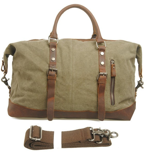 Choose a canvas bag trimmed in leather with confidence—scarring from wear and tear only makes it better, adding beautiful patina and character as it ages. Or maybe you'll opt for a rugged nylon duffle bag with compartments to separate the wet stuff from the dry, for your next big angling adventure.