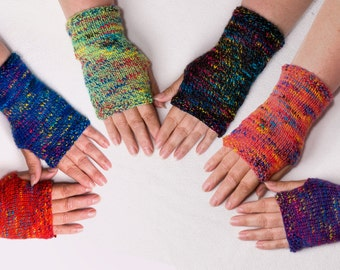 Knitting Pattern For Childrens Hand Warmers : Hand Knit. Womens Fingerless Gloves. Fab for festivals.