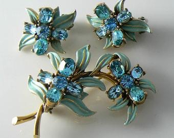 Hollycraft Vintage 1955 Aqua Enamel Leaves and Rhinestone Flowers Demi Parure