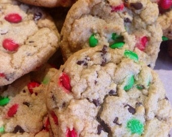 Mini Chocolate Chips and M&M's Holiday Minis Cookies