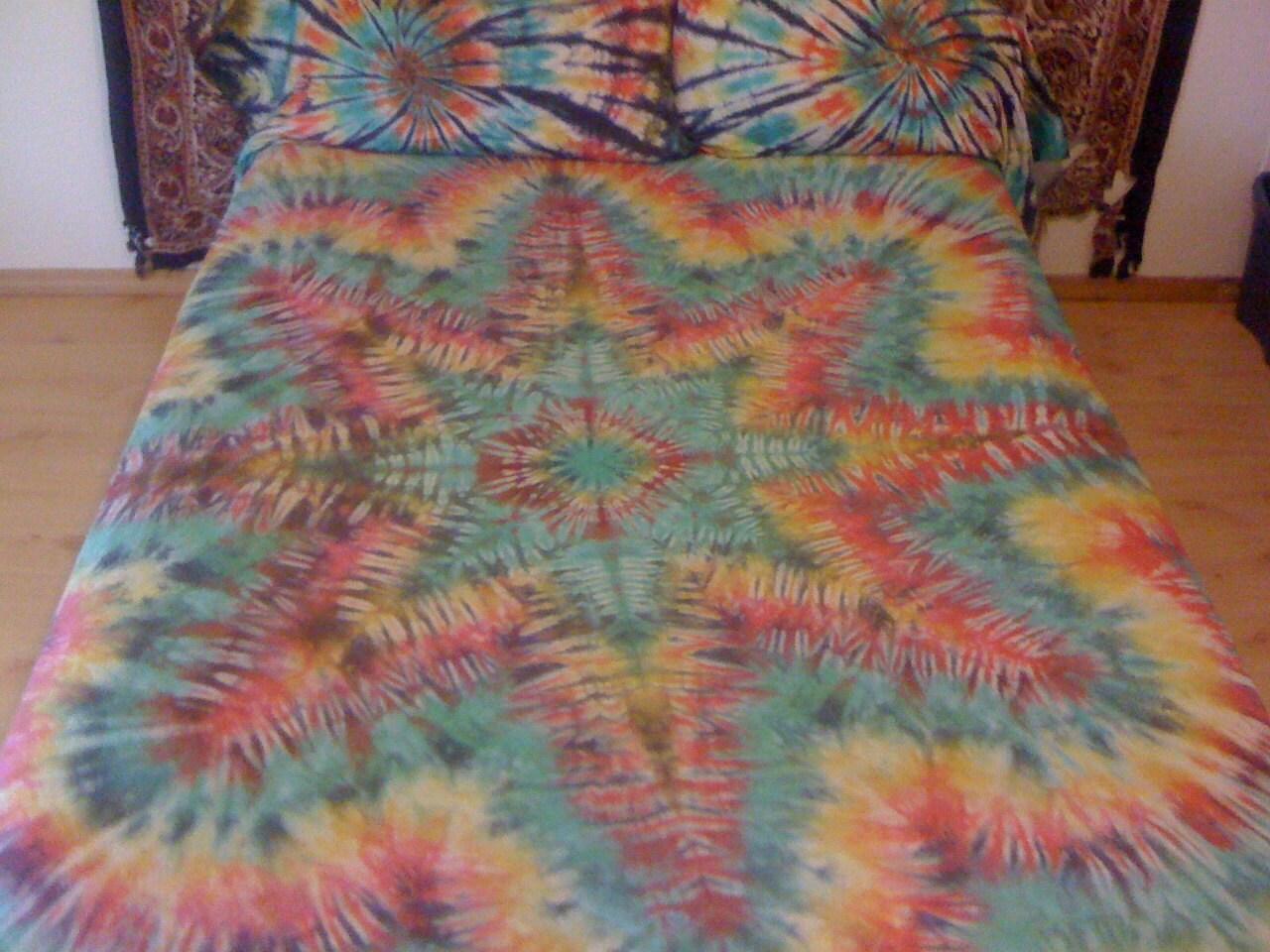 tie dye bed sheet set custom made by barefootlazertiedye