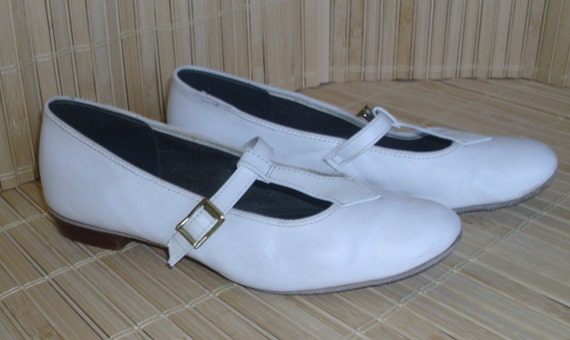 Barbettes Dancewear WHITE Leather Dance Shoes Mary Janes VINTAGE Buckles