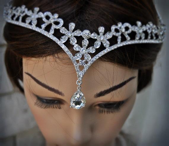 Indian Wedding Headdress: Wedding Tikka Headpiece Indian Inspired Crystal