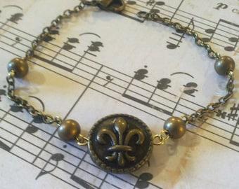 On Sale 30% off Fleur-de-lis Chain Bracelet